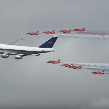 Spectacular Flyby British Airways and Red Arrows