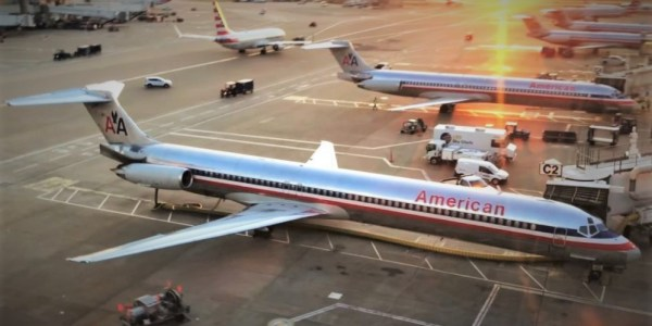 American Airlines MD-80 Last Flight - Image: Skylite Productions