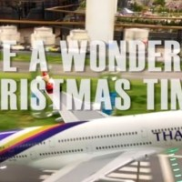 VIDEO - AIRBUS A380 MODEL PLAYS JINGLE BELLS DURING TAKE OFF - WISHING YOU A WONDERFUL CHRISTMAS