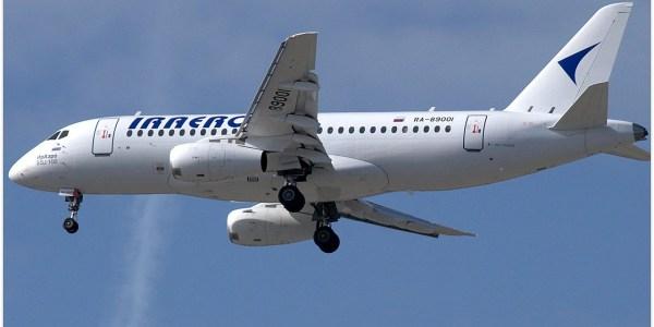 IrAero Sukhoi Superjet 100 lands on closed runway under construction