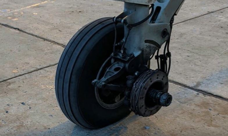 Air Canada Express Flight AC8684 loses wheel from the main landing gear after takeoff from Montreal