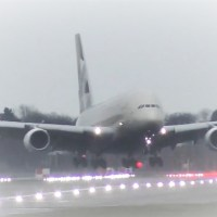 VIDEO | STORM DENNIS - ETIHAD A380 LANDS SIDEWAYS AT LONDON HEATHROW