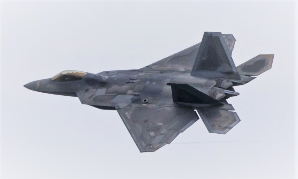 USAF F-22 Raptor Demo Team performing at the Singapore Airshow 2020