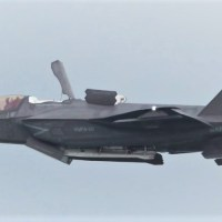 VIDEO - U.S. MARINE CORPS F-35B STOVL DEMO AT SINGAPORE AIRSHOW 2020
