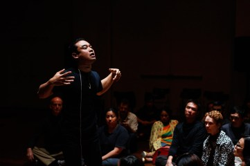 19 Jan, Audiences intrigued by Theatre Performer Lin Htet's mini performance, FCP SUPERINTENSE Day 4, 72-13, Singapore