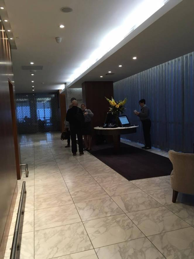 The entrance area to the No1 Traveller Lounge Gatwick North terminal