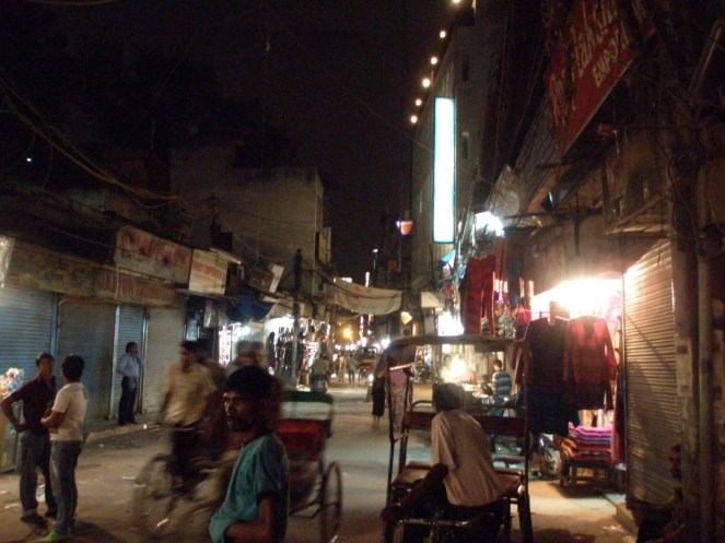 Main Bizarre, Paharganj, at night