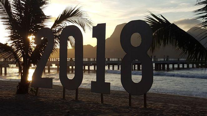 2018 sign at LIO Beach