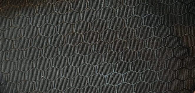 black hexagonal fabric on the Kathmandu Litehaul 38L V3 (2017)
