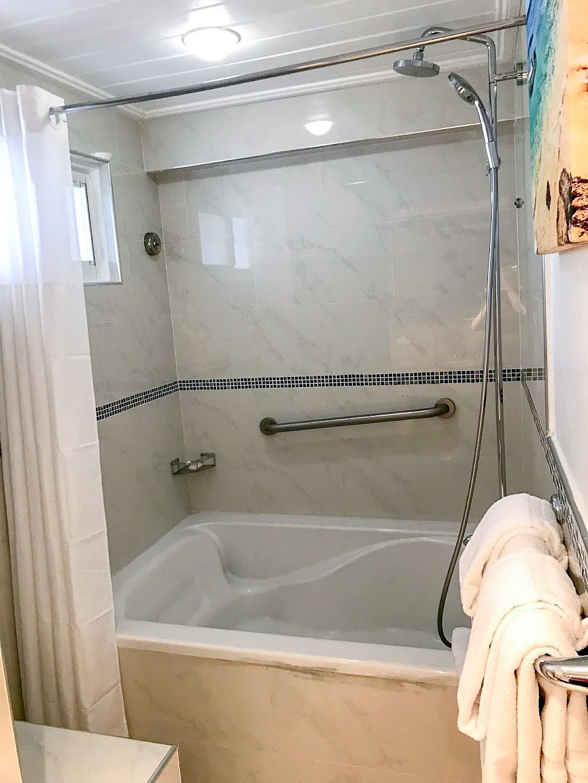 The Club Barbados bathroom