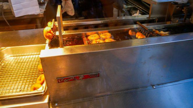 doughnut making machine in Venice Beach, Los Angeles