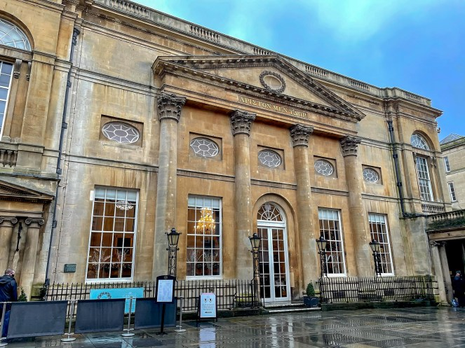 Outside The Pump Room Bath, built with limestone and 4 corinthian columns