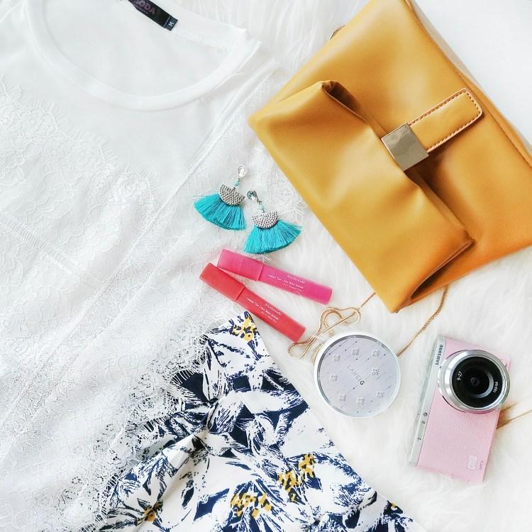 Singapore fashion blogger