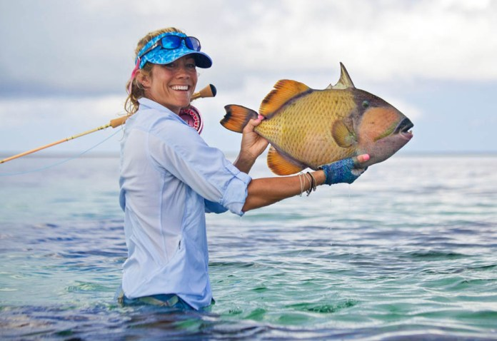 cosmoledo-experience-fly-fishing-species-moustache-triggerfish-01-1