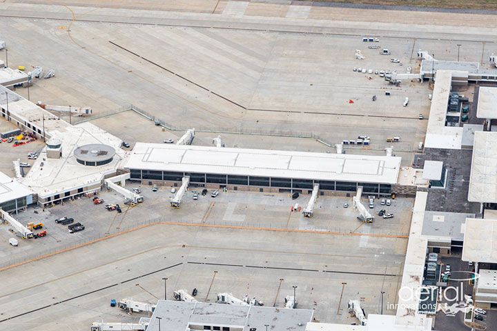 B Concourse modernization: Mar 2021