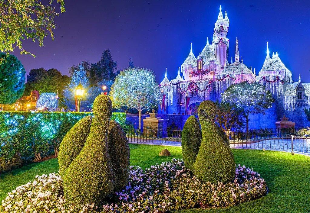 Disney's Merriest-Nites