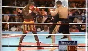 Today in Sports History: Ike Quartey knocks out Vince Philips to retain WBA title