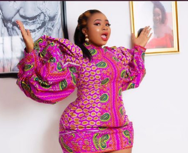 'Fake life' - Adu Safowah mocked over staged birthday gifts