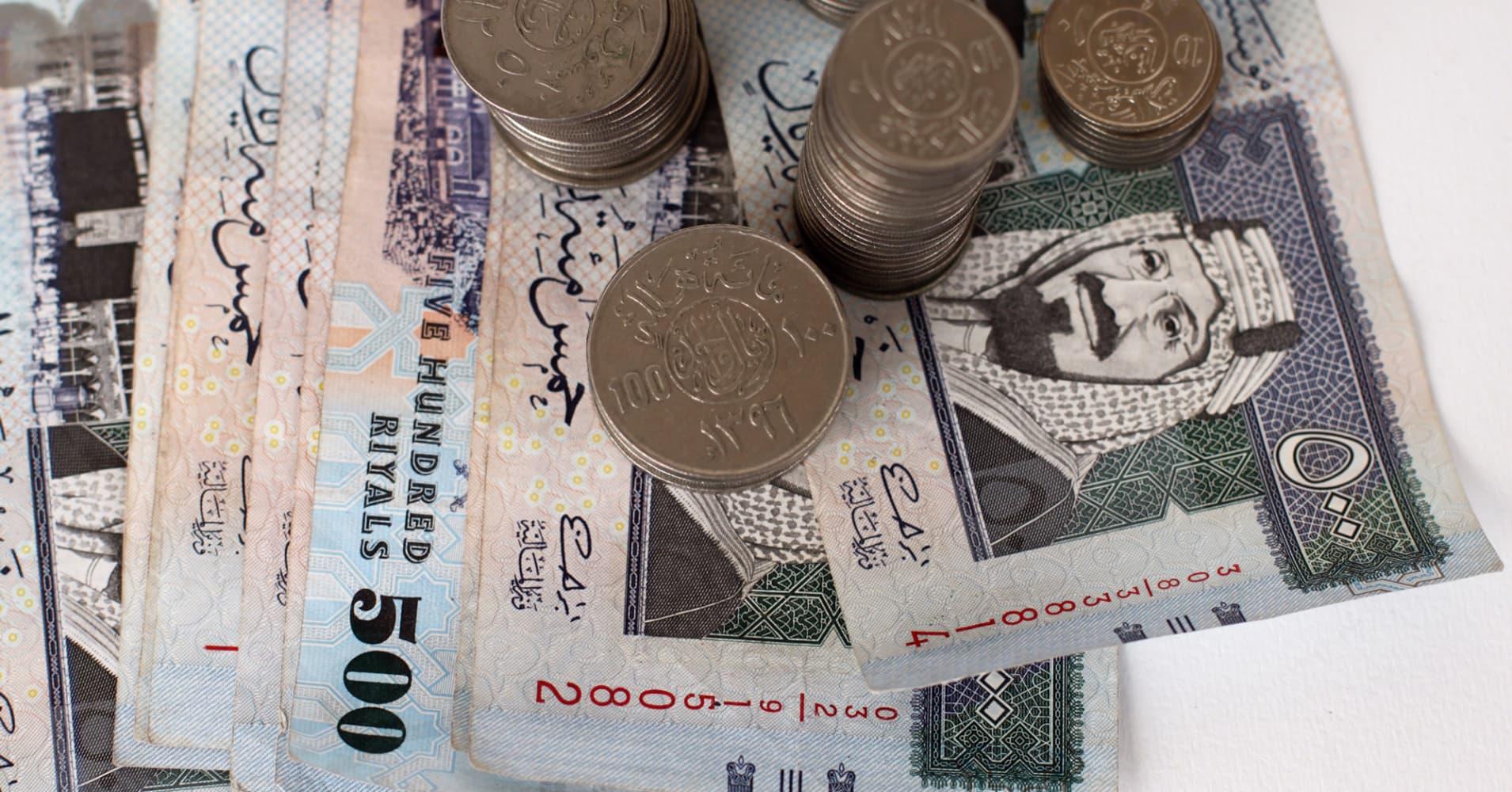 Oil Keeps Sliding Leaving Saudis Currency Peg In Balance