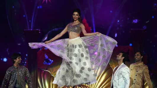 Deepika Padukone performs at the 15th International Indian Film Academy (IIFA) Awards in Tampa, Florida, April 26, 2014.