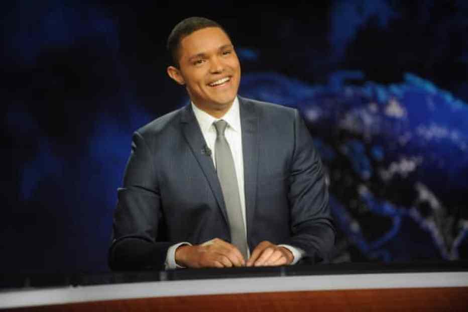 Trevor Noah, presentador de 'The Daily Show' de Comedy Central con Trevor Noah