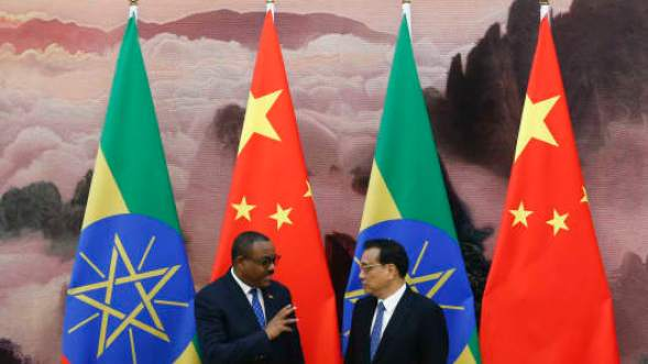 Chinese Premier Li Keqiang (R) and Ethiopia's Prime Minister Hailemariam Desalegn at the Great Hall of the People on May 12, 2017, in Beijing, China.