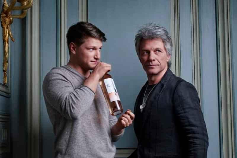 El último proyecto de Bon Jovi es el lanzamiento de una etiqueta de vino única con su hijo, Jesse Bongiovi