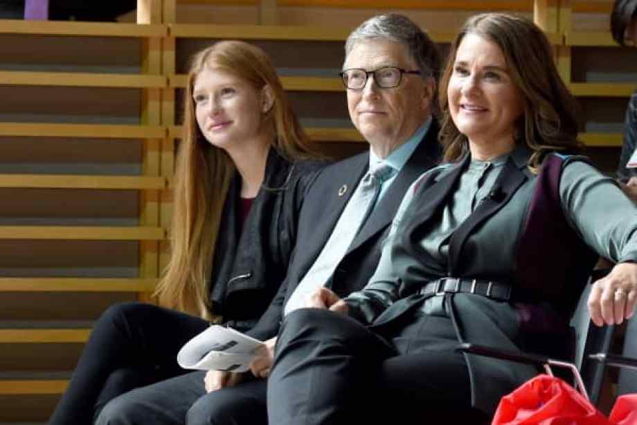Phoebe Adele Gates, Bill Gates y Melinda Gates asisten a los Porteros 2017.