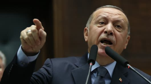 Znalezione obrazy dla zapytania Erdogan zdjecia