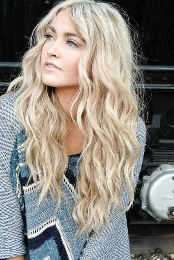 Nice Loose Messy Waves Blonde Hair