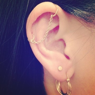 industrial piercing with chain