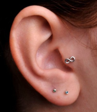 infinity tragus piercing