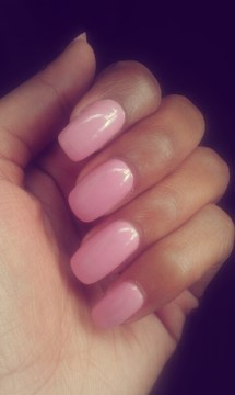 simple pink acrylic nails