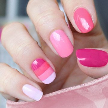 striped pink and white nails