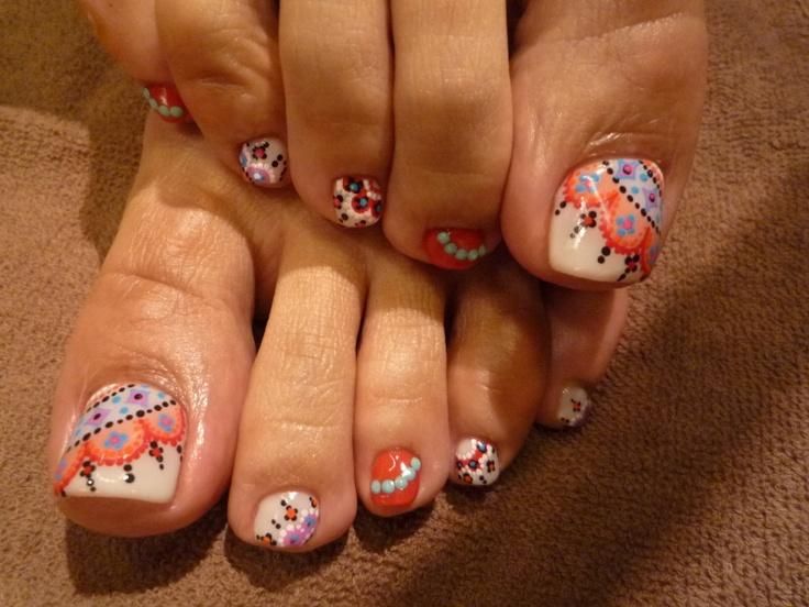 Cute Design Goemetric Pedicure. Geometricl Toe Nail Art