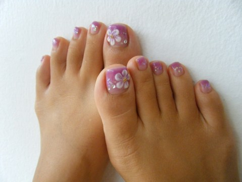 purple flower pedicure