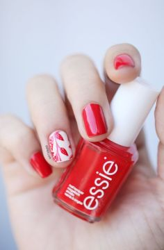 red nails accent white nail