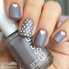 Gray heart nails