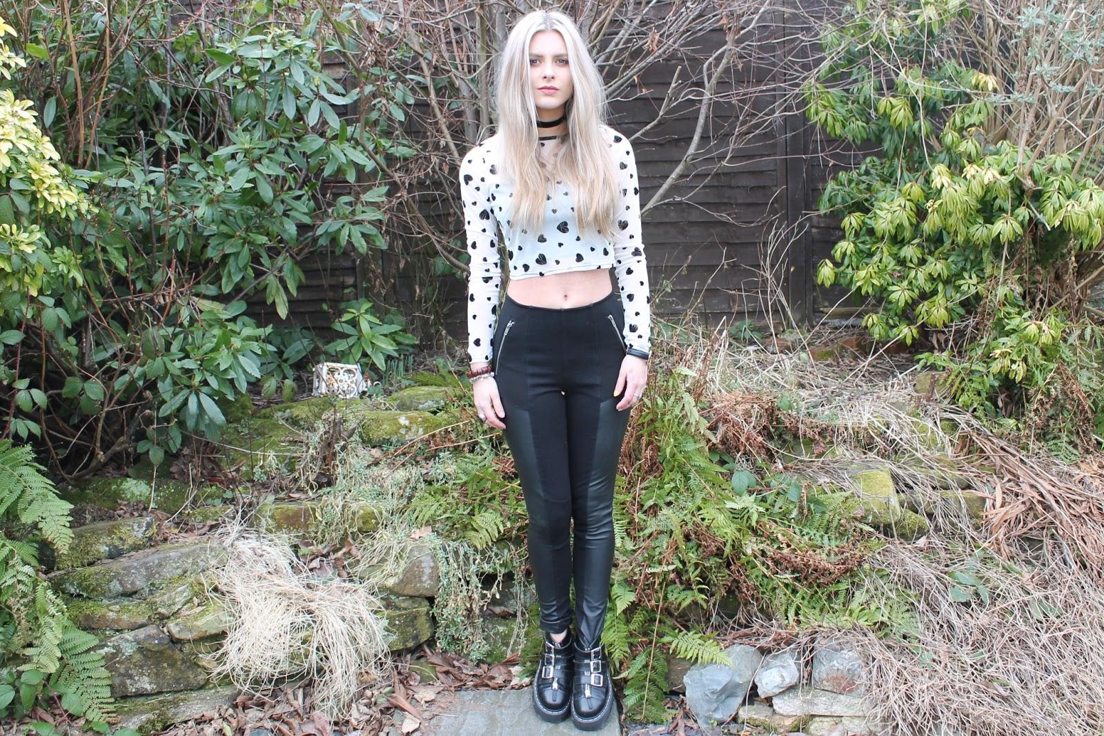 Blonde with leggins