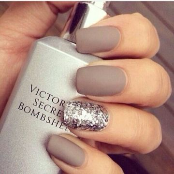 Taupe and silver wedding nails