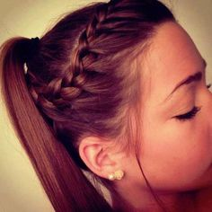 Quick ponytail hairstyle
