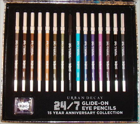 Urban-Decay-24-7-Eyeliner-Review