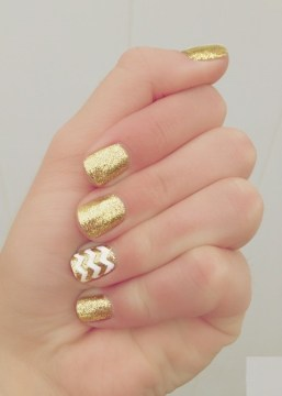 Gold Glitter Nail Design for Weddings