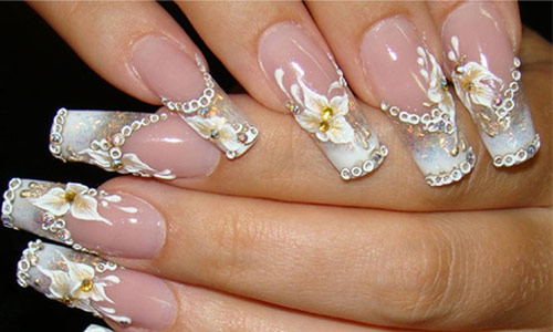 Sophisticated Graphic Nail Art For Weddings