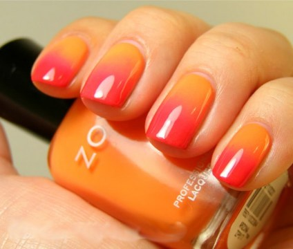 Sunrise to sunset gradient short nails.