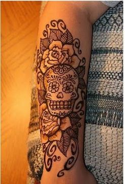 black sugar skull tattoo