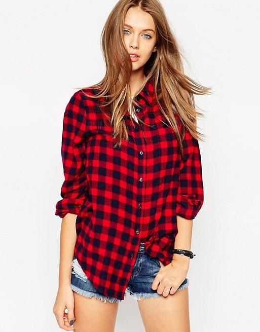 black red boyfriend checked shirt denim shorts