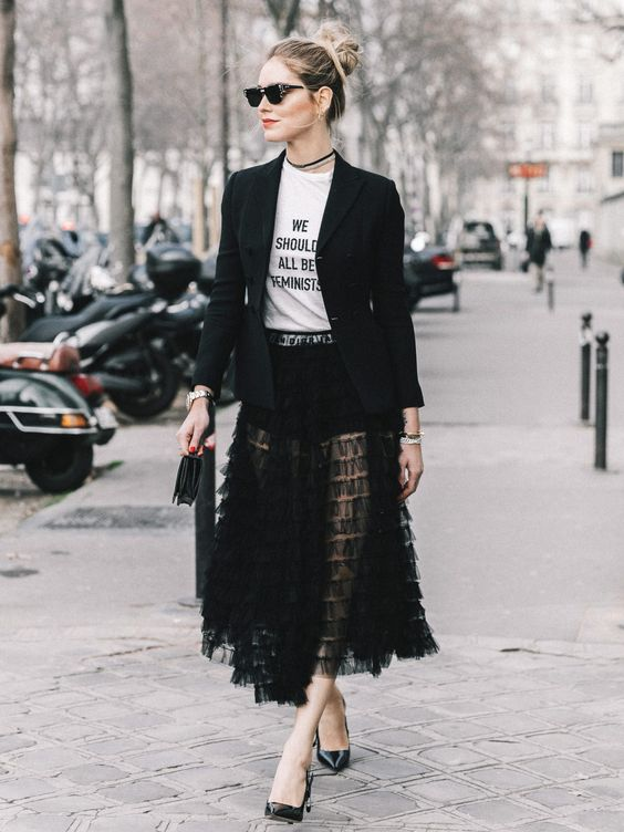 loud and clear tulle skirt