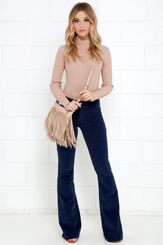 15 Top Ways on How to Wear to Corduroy Pants for Women - FMag.com 24c7d43ce0