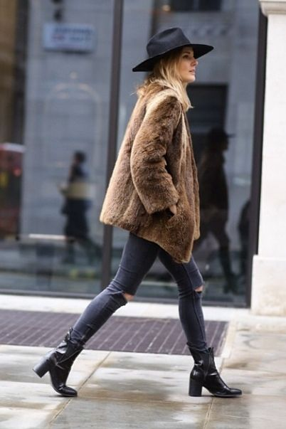 faux fur coat chelsea boots